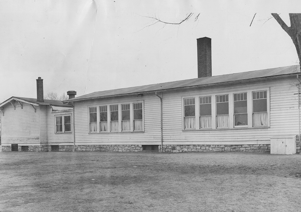 Leeds School at 36th Street and Fremont Avenue. Image: Kansas City Public Library