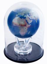 Mova Scholar Globe with dome